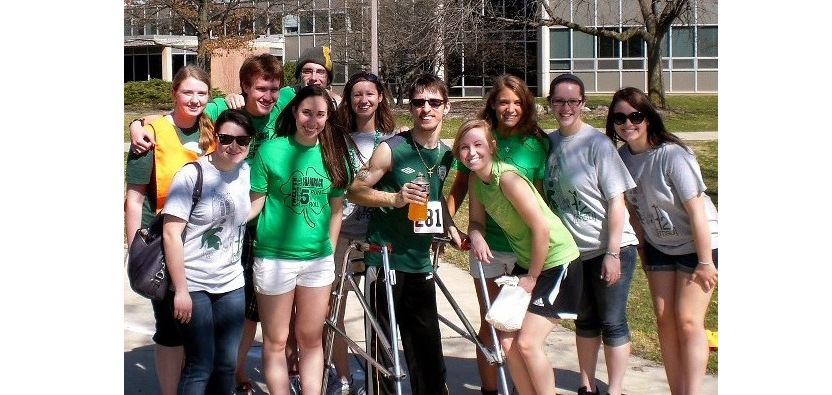 photo of participants from a past Shamrock 5K